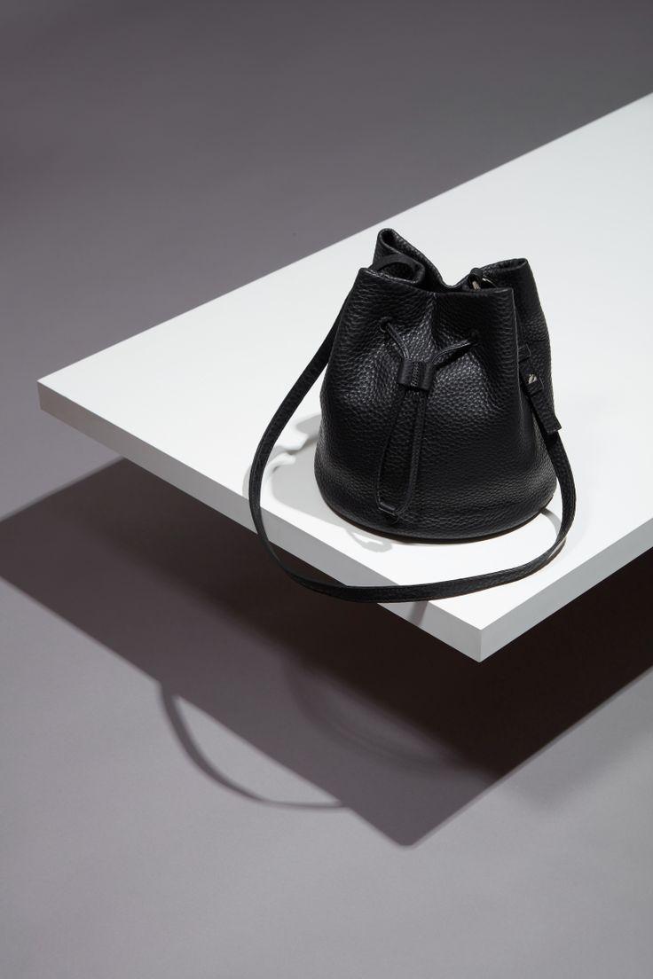 16FW LUCCICA_NO 53 mist black #bag #slopebag #leather #LLG #largeleathergoods #leatherbag #16FW