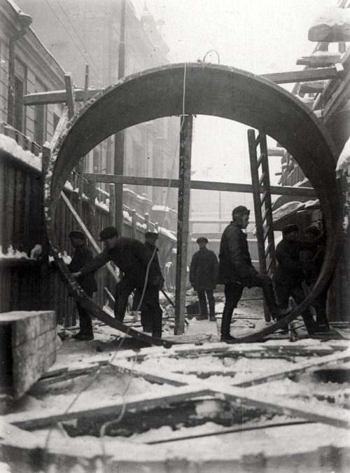 Construction of the first Moscow underground line, c. 1934.