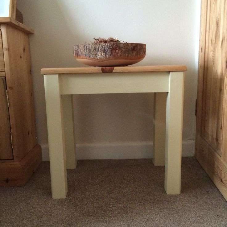 Pre-loved Chunky side/occasional Table. Painted in Annie Sloan 'cream' Chalk Paint and a sanded back to natural top, with a wax finish. A beautiful piece x
