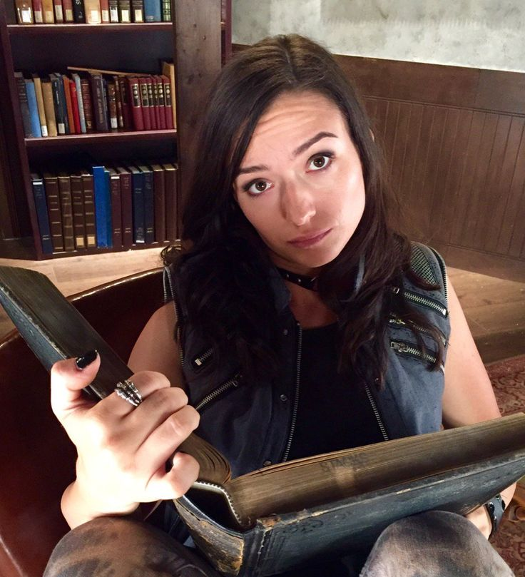 Carmilla Series (@carmillaseries)  ‏  Who could resist this Broody Gay? #CarmillaS3