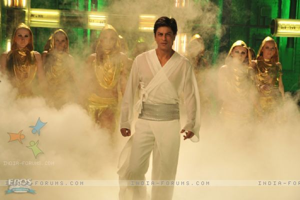 Shahrukh Khan looking Hot