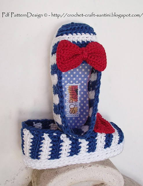 Ravelry: SAILOR SHOES with RED BOW pattern by Ingunn Santini