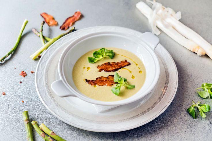 Zupa krem ze szparagów - przepis, fot. Fotolia