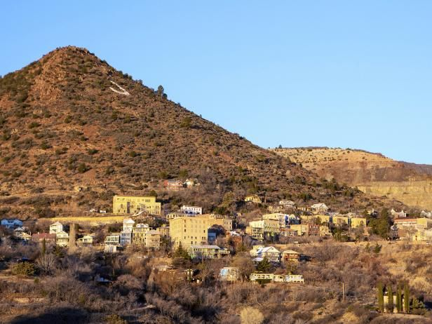 The spirit of Sammie Dean a strangled prostitute who is looking for her killer in the former copper mining town of Jerome AZ