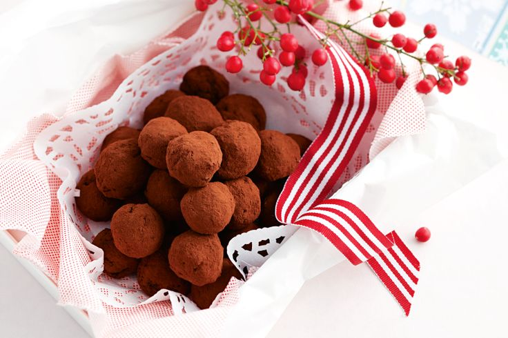 Quick and easy to make, these coffee truffles taste simply divine http://www.taste.com.au/recipes/31929/chocolate+bliss+balls #coffee #truffle