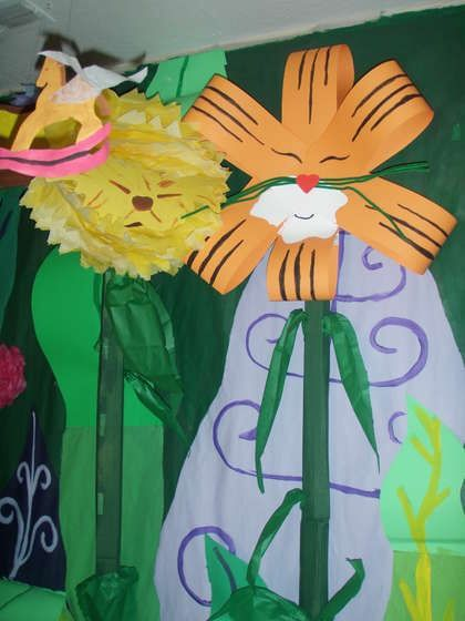 DIY Alice in WOnderland decorations   Alice in Wonderland party decorations--DIY   Aubree's first birthday ...: