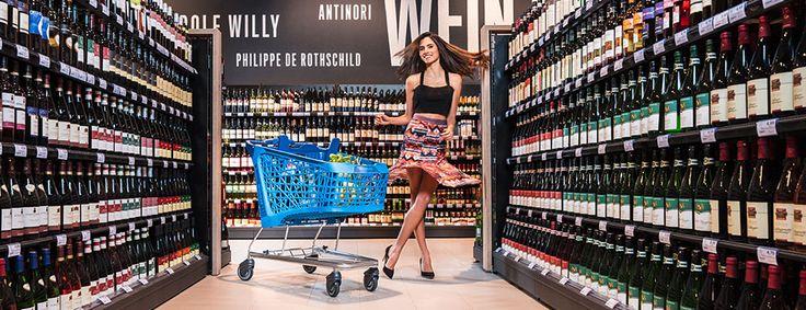 Máte v sobě rytmus? Mderní, designový a lehoucenc ovladatelný nákupní vozík Salsa se s vámi protančí obchodem.