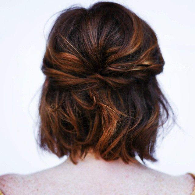A little short hair styling inspiration. 😘 great shot and work @mollystilley #shorthair #bridal #shortbridalhair