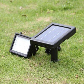 [Lampu Taman Tenaga Surya Sorot 40 LED – LT 1006] Info lengkap bisa kunjungi www.PanelSuryajakarta.com