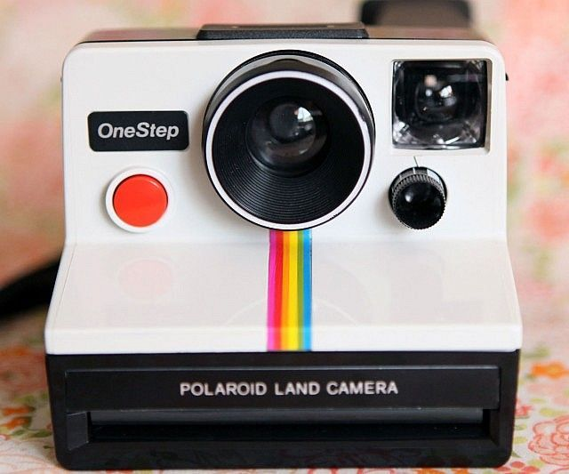 Vintage Polaroid Camera - https://interwebs.store/vintage-polaroid-camera/ #Photography