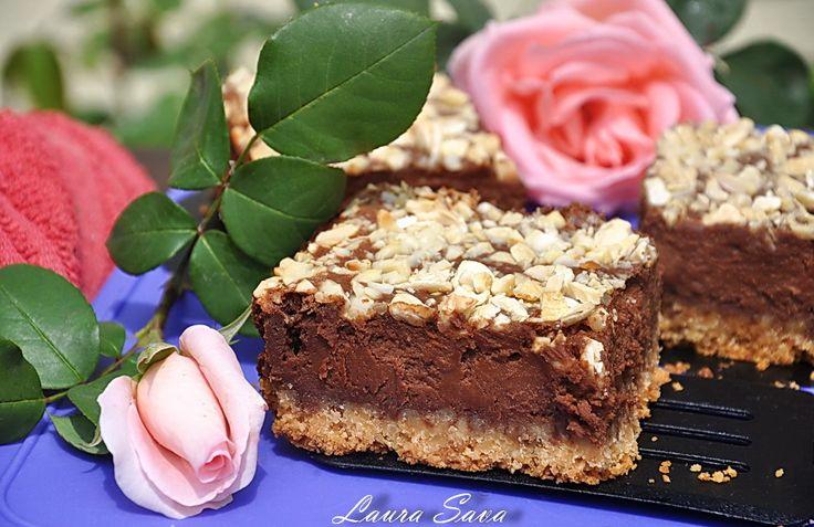 Cheesecake la tava cu ciocolata si unt de arahide