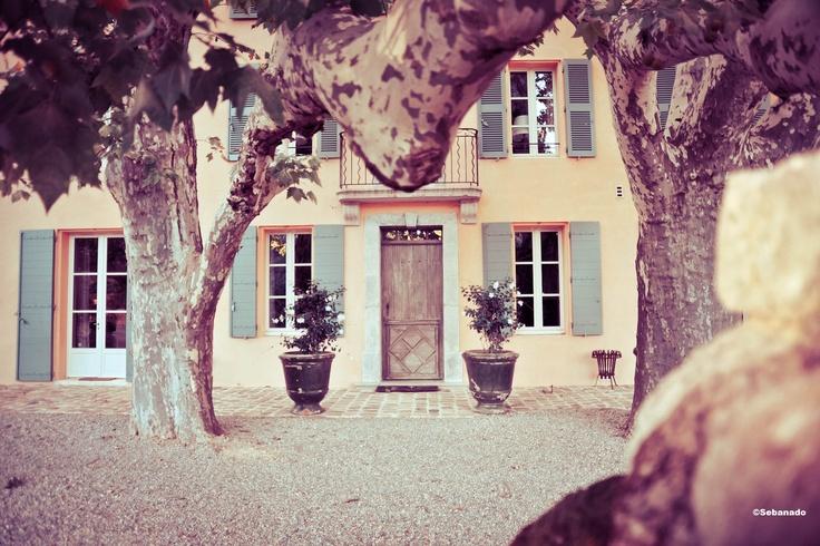 Le Château Fontainebleau du Var. The Fontainebleau Castle in Provence #Vin #viticulture #wine ©Sebanado  http://sebanado.fr