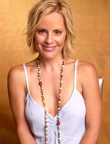 Emma Caulfield from buffy the vampire slayer