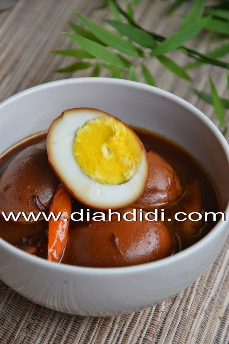 Diah Didi's Kitchen: Telur Bumbu Petis