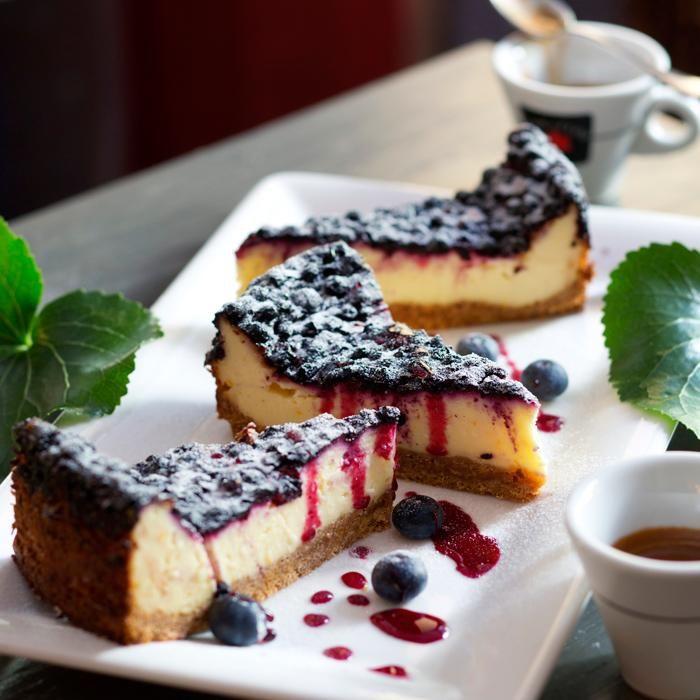 Amerikkalainen mustikka-juustokakku (American Blueberry Cheesecake)