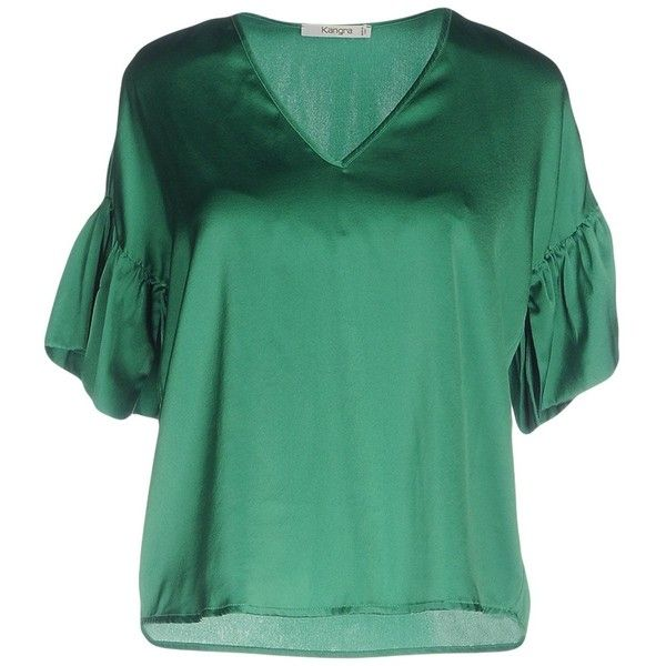 Kangra Cashmere Blouse (220 CAD) ❤ liked on Polyvore featuring tops, blouses, green, short sleeve tops, green top, v-neck tops, v neck blouse and short sleeve blouse