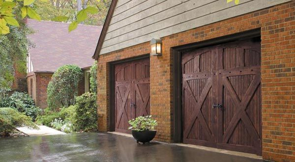 Are you looking for the most professional Washington DC Garage door repair service? Look no further than Washington DC Garage Door. We're licensed & bonded for both garage door repair and installation. We're proud to offer emergency garage door repair in Washington DC. For help call us at (202) 683-6040.
