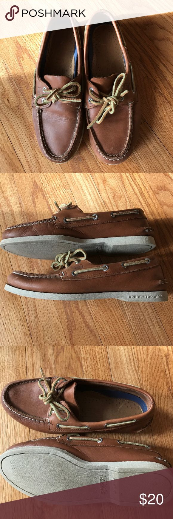 Sperry boat shoes Men's tan sperry boat shoes in very good shape. Size 8. Sperry Top-Sider Shoes Boat Shoes