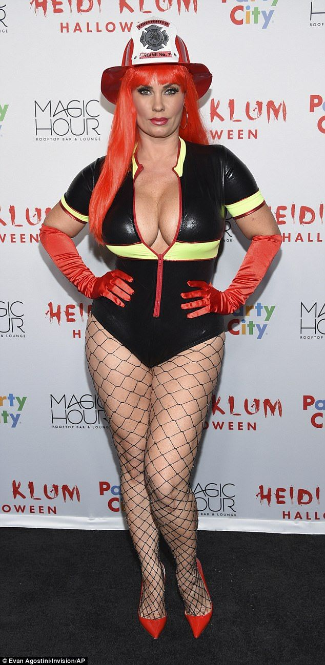 541 best Halloween Celebs images on Pinterest | Fancy dress, Kim ...