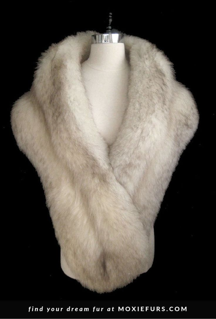 white fur stole paired - 570×841