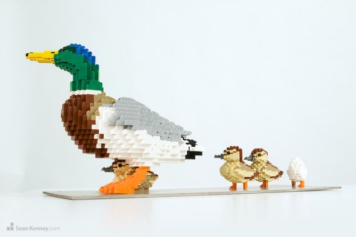 Meticulously Constructed Wildlife Sculptures Made Entirely Out of LEGOs - My Modern Met