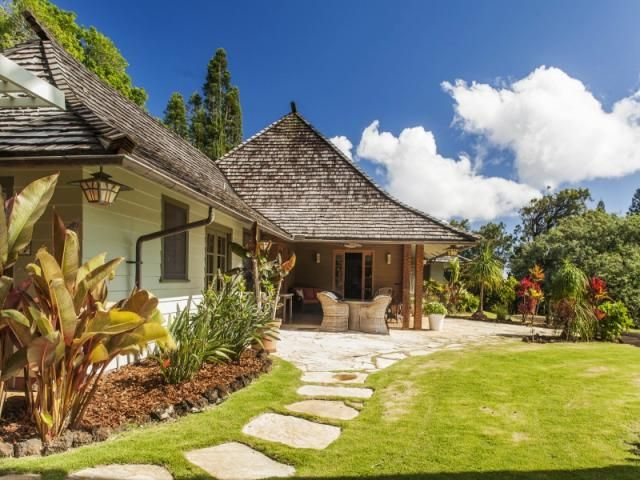 1000 images about hawaiian style homes on pinterest for Hawaii home builders