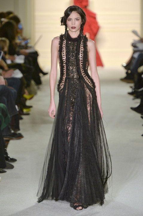 Najpiękniejsze suknie wieczorowe - Projekt: Marchesa AW15