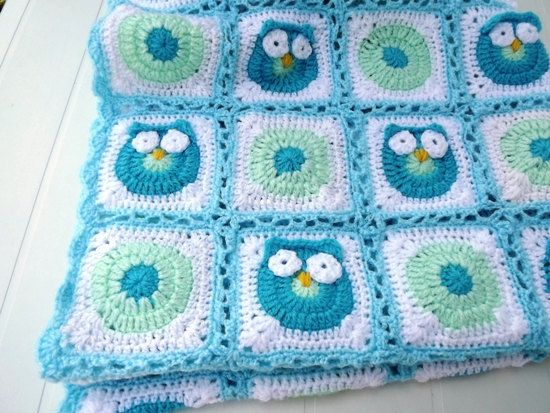 Crochet Owl Baby Blanket. Granny square Light by Mariannasboutique