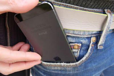 Genggam Ponsel Terlalu Lama Menyebabkan Impotensi