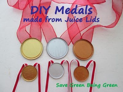 DIY Medals From Juice Lids