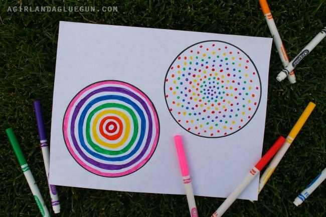 color in circles
