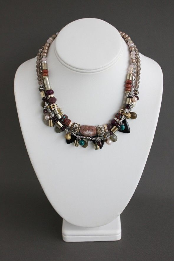 ethnic-necklace-layered-bead-rows-bijoux-montreal