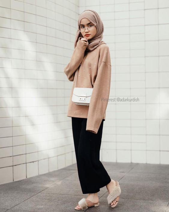 Hijab Fashion 2019: Selection of veiled special trends