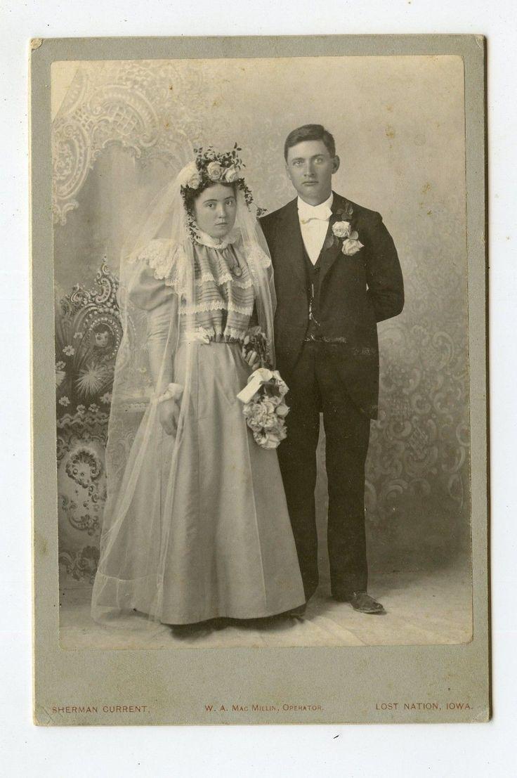 Adorable Bride w Groom Lost Nation Iowa Vintage Brides