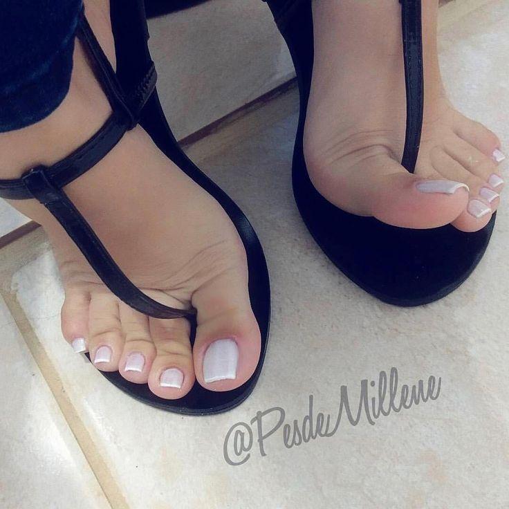 sexy mistress feet