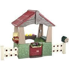 HOME AND GARDEN PLAYHOUSE - Bring out the Do-it-yourself passion in children