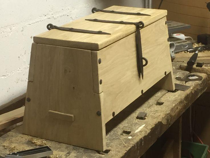 Viking chest, oak, 60 x 30 x 32 cm