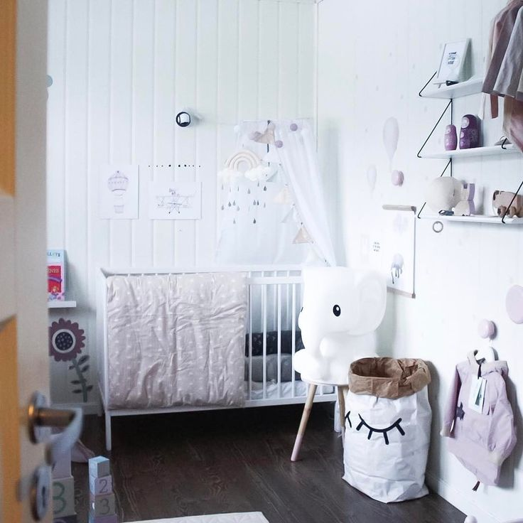 Hjemme med en febersyk og forkjølet liten mus Så vi skal tilbringe dagen på sofaen med masse pledd og barne-TV ❤️❤️