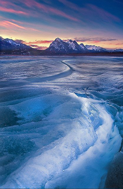 Frozen Abraham Lake in Banff National Park, Canada