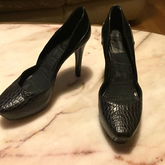 LAST CALL Good condition. If you don't like the price make me a offer!! Donna karen Shoes Heels