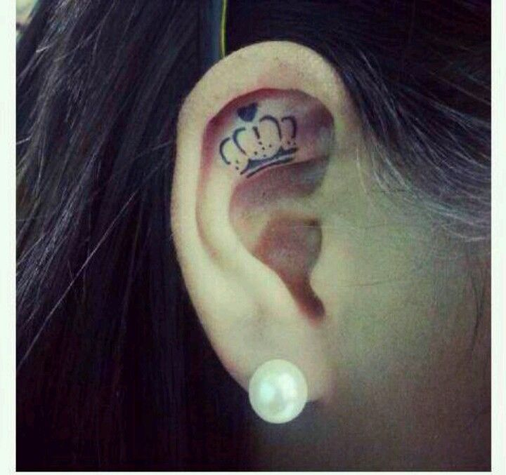I've decided this is the tattoo I'm gonna get for Kayla on my 18th birthday. I've pinned it before & I love the idea of it. Its perfect. Its small, cute, good placement, & a great tribute to my princess up in heaven. I love you so much Kayla.
