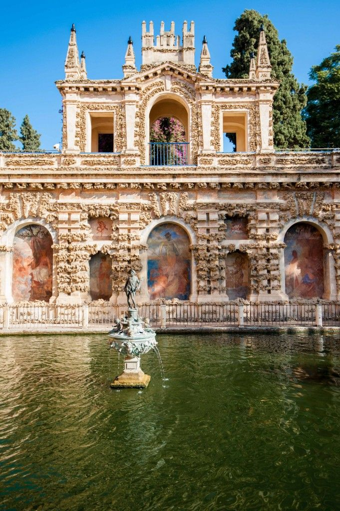 A quick guide: The Royal Alcazar in Seville, Spain-- one of the most gorgeous palaces built by the Moors in the 11th century! This is a must-see in Andalusia. #spain #travel