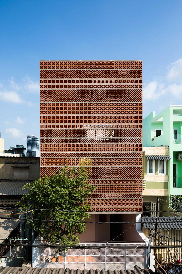 Apartment in Binh Thanh, Ho Chi Minh, Vietnam by Sanuki Daisuke Architects | Yellowtrace