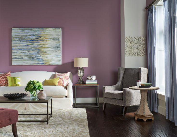 Los tonos violeta crean ambientes atractivos.