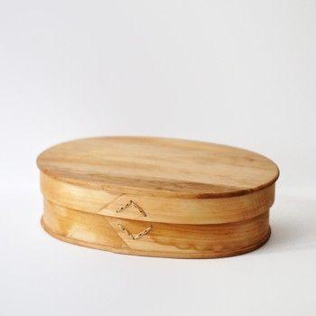 Wooden box made in Sweden, sold at Neëst