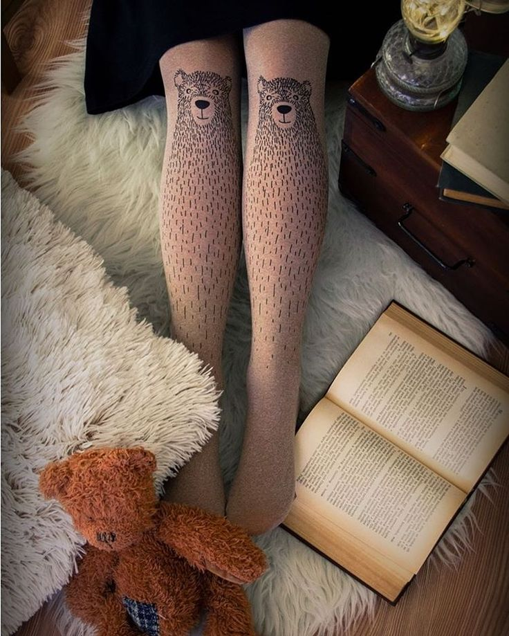 Warm bear tights for wintertime. 🐻 .