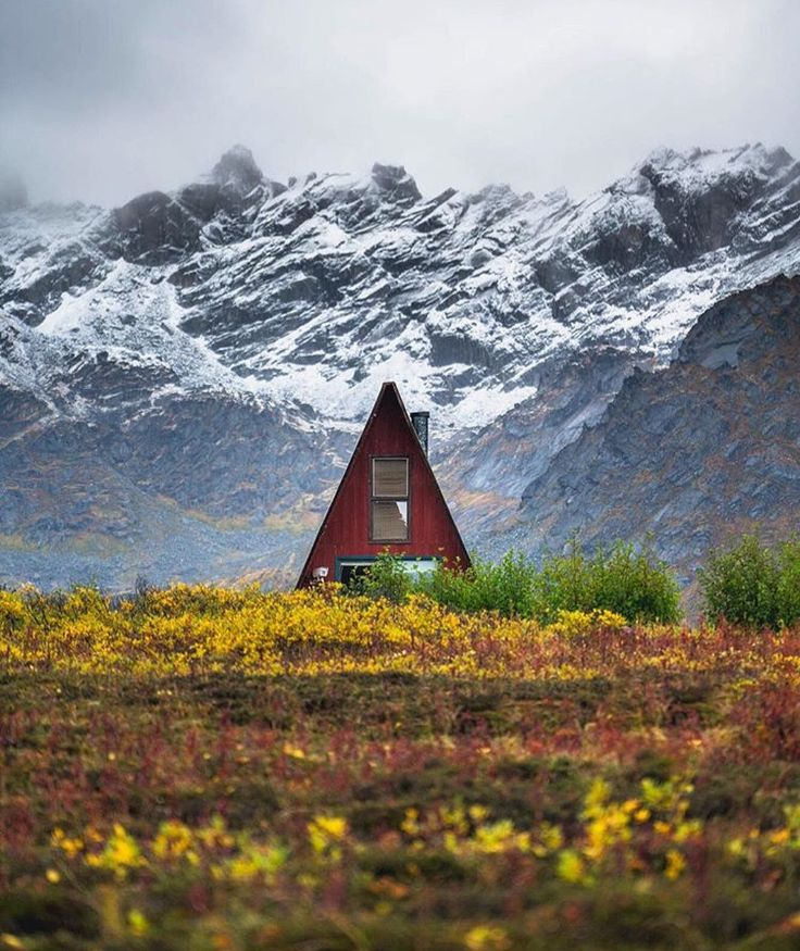alaskan living - Uh my husband and I always liked the idea of an A frame house. Pack it up and the scenery and bring it here!