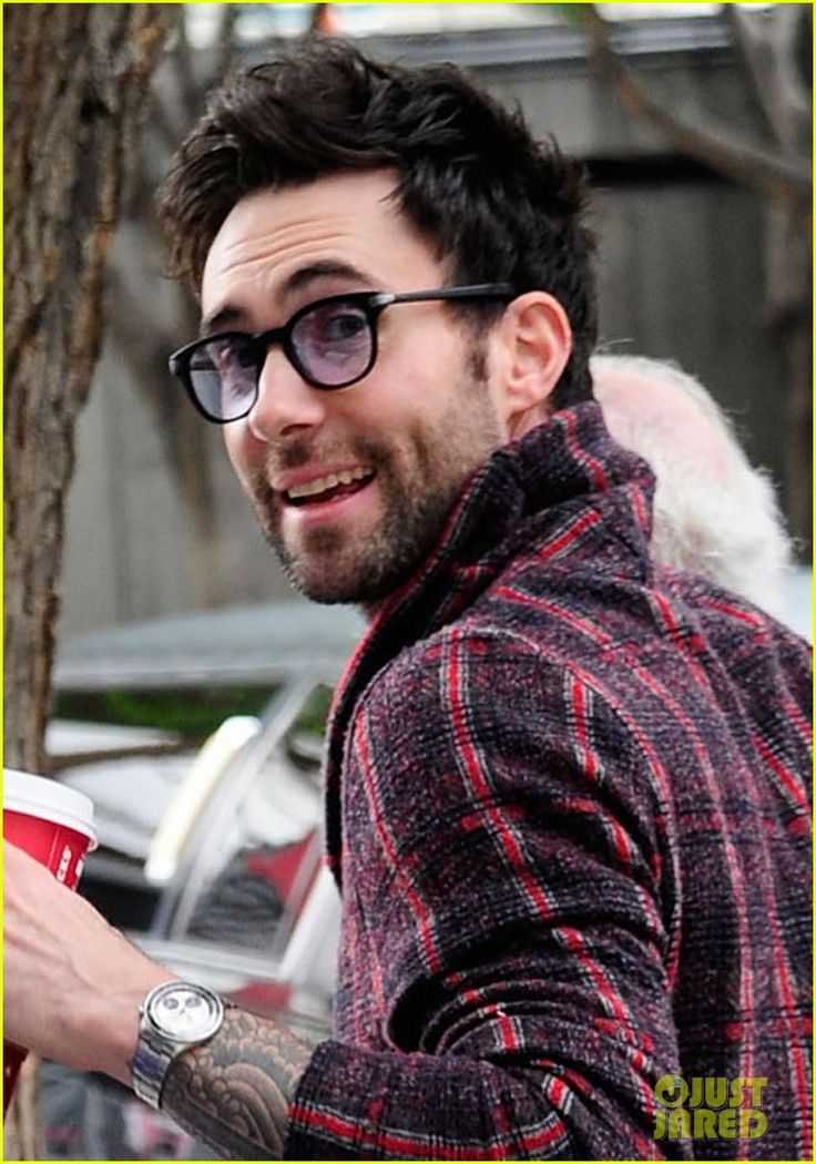 Adam Levine: Christmas Day Lakers Game! | Eye Glasses ...