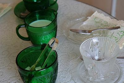 Oatmeal Box Dishes Green Eyed Lady Glass Vintage