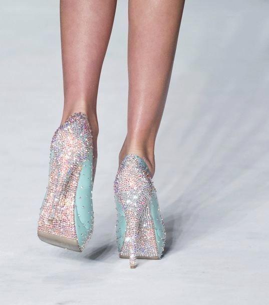 My idea of a Tiffany shoe!!